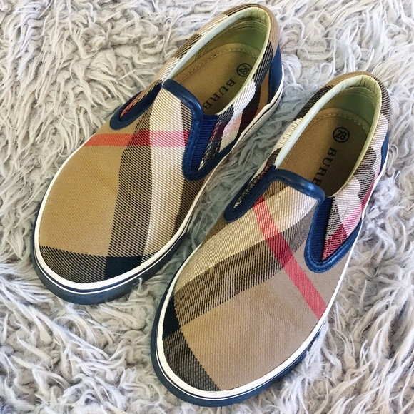 d061b6af329a4 Burberry Other - BURBERRY Kids Linus Plaid Slip On Sneaker 28